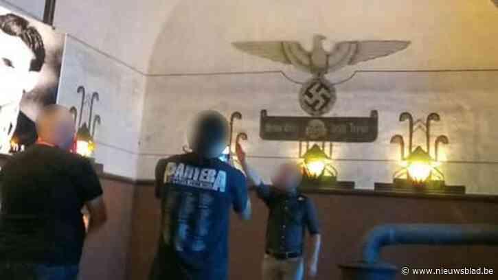 "Man die Hitlergroet bracht in Fort van Breendonk was lid van Vlaams Belang, Dries Van Langenhove suggereert ""complot van Staatsveiligheid"""