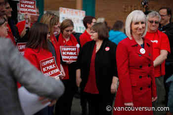 B.C. teachers rally outside NDP convention after rejecting contract offer
