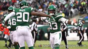 Jets thump Raiders 34-3 for third straight win