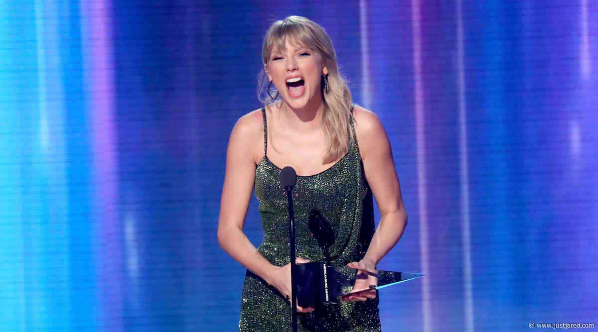 Taylor Swift Makes a Statement With First AMAS Speech of the Night (Video)