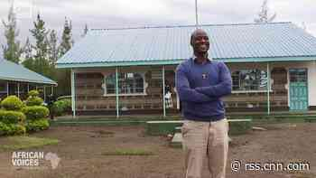 Kenyan Peter Tabichi gives away 80% of his monthly income as a teacher to help the poor