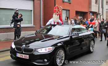 Foto. Fenomenale Sinterklaasshow in zaal De Burgersgilde
