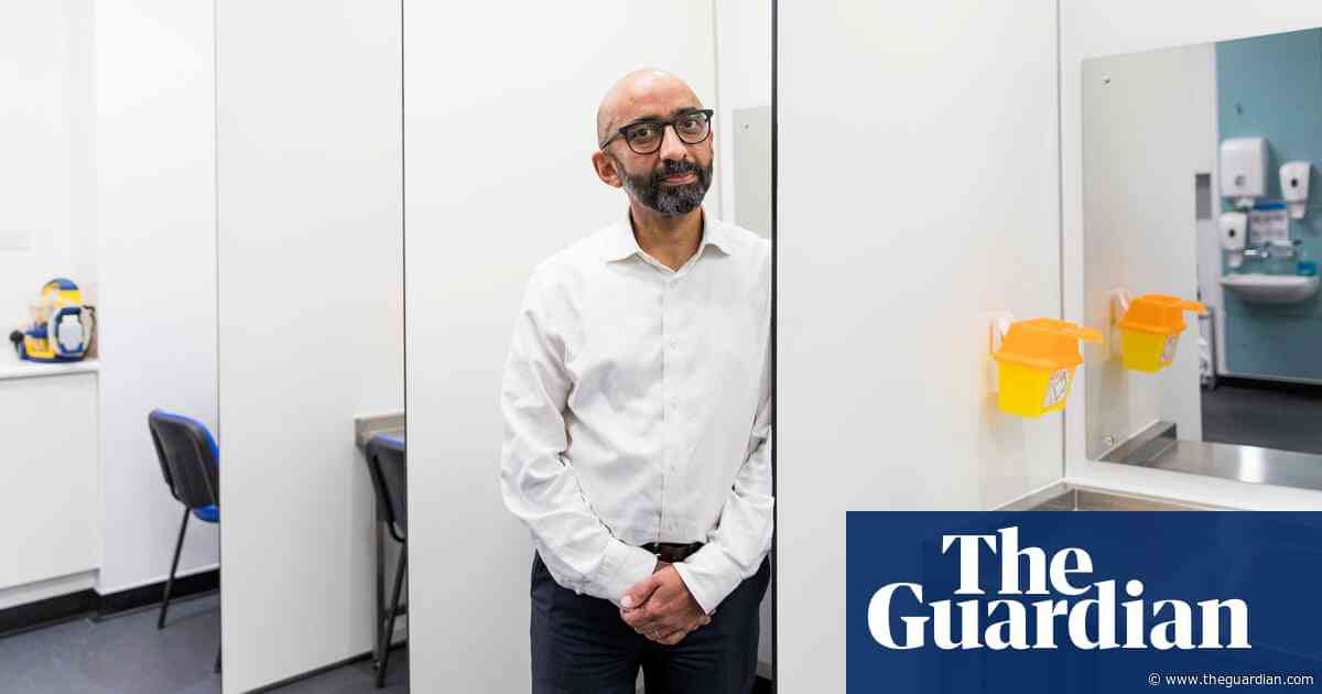Pioneering Glasgow clinic offers addicts pharmaceutical grade heroin