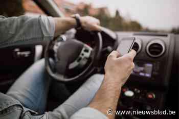 17 bestuurders betrapt met gsm achter het stuur