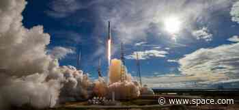 SpaceX Test-Fires Falcon 9 Rocket for Dec. 4 Dragon Launch for NASA
