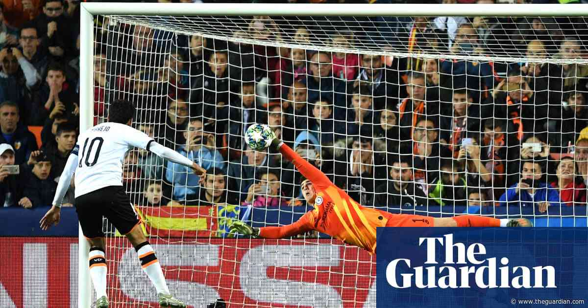 Arrizabalaga slips from hero to villain but Valencia muddle their lines | Sid Lowe