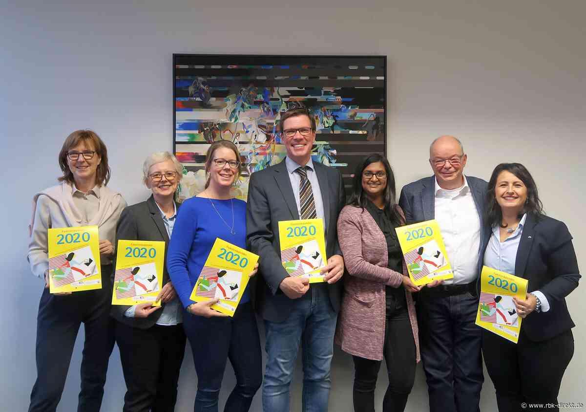 Neuer Familienkalender für den Rheinisch-Bergischen Kreis und die Stadt Leverkusen: Viele Tipps zur Vereinbarkeit von Familie und Beruf