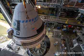 Watch Boeing's Starliner Meet Its Rocket for the 1st Time in This Awesome Drone Video