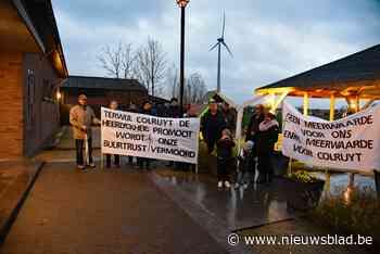 """Buurt protesteert tegen komst windmolen: """"Er zijn echt wel betere plekken om een turbine van 180 meter hoog neer te poten"""""""