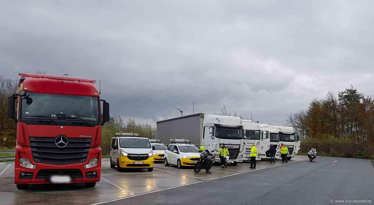 Vrachtwagens zonder OBU van de baan gehaald in Kalken