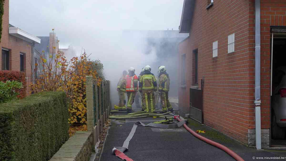Garage brandt uit nadat bewoner heeft gestofzuigd