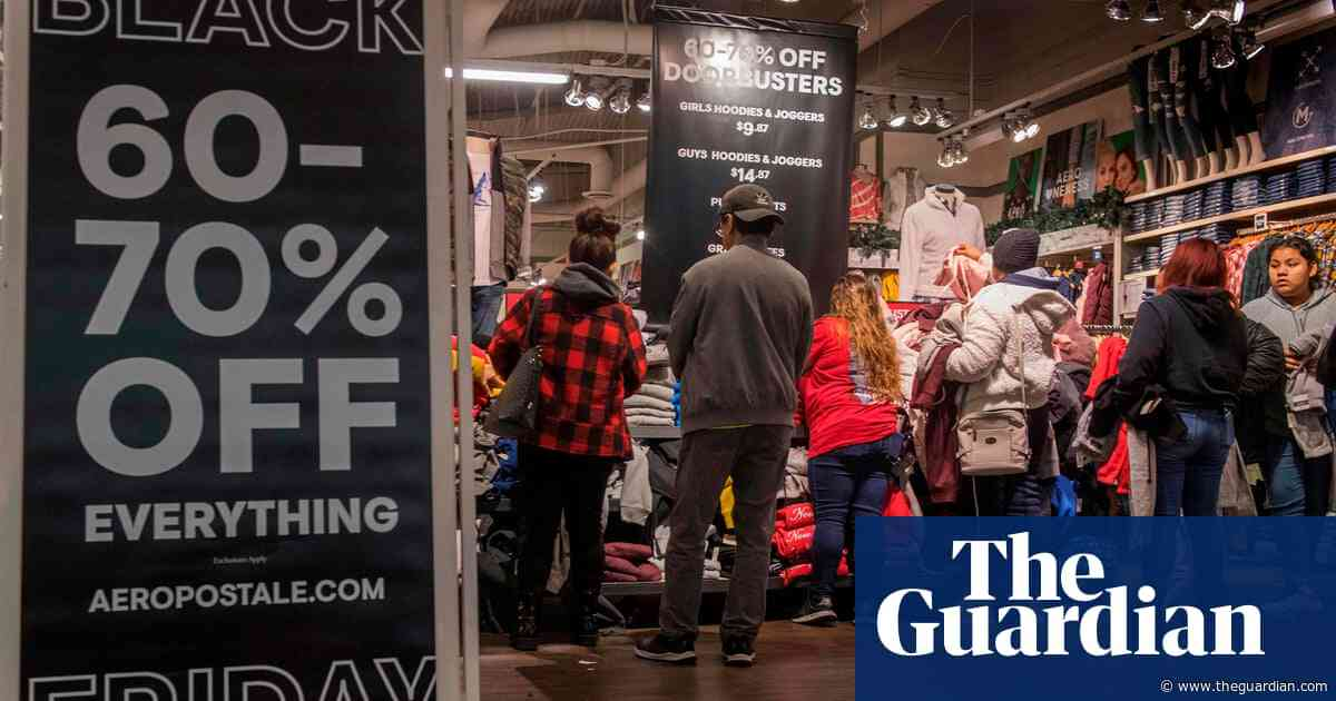 US consumers spend $2bn online but store crowds thin as Black Friday dawns