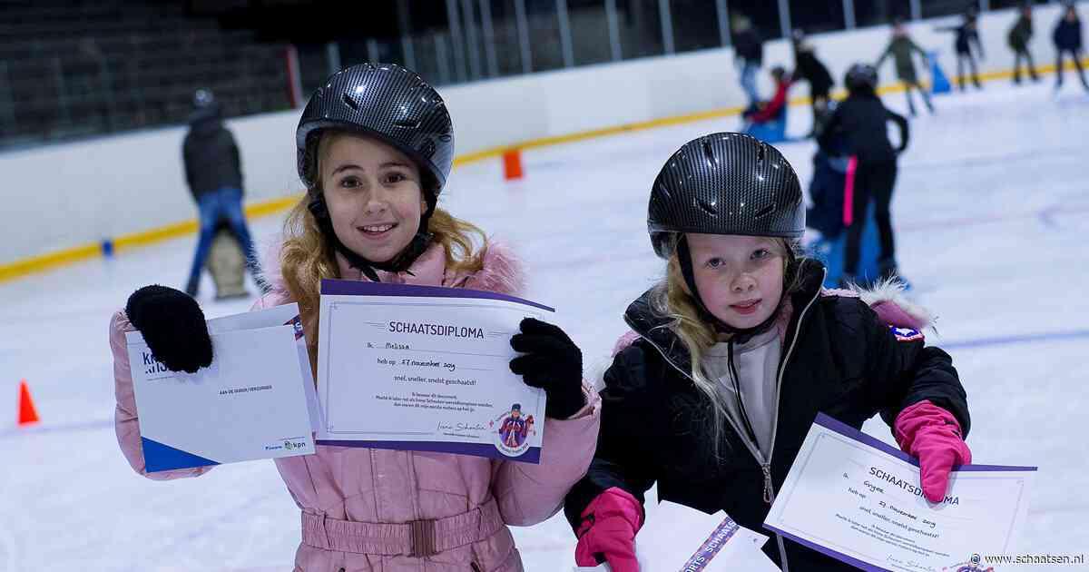 KNSB verspreidt vijftig Schoolschaatsboxen voor 'de leukste schaatsles'