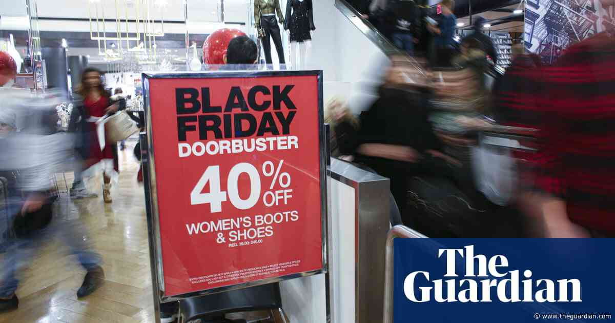 US retail employees call out working conditions with Black Friday protests