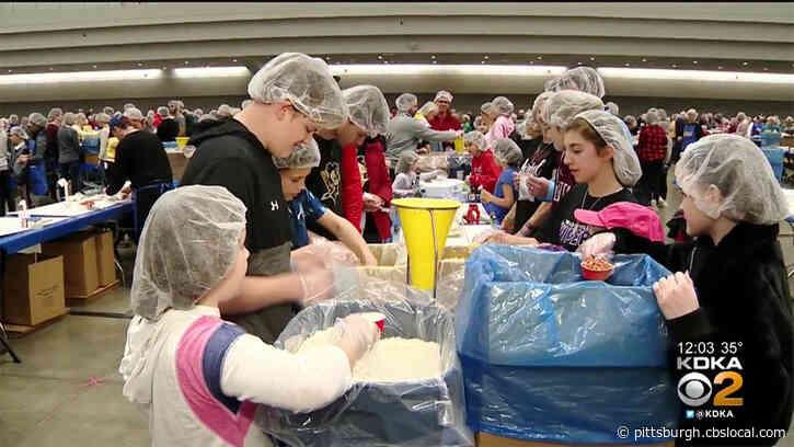 4,000 Volunteers, Including Pittsburgh Steelers Ben Roethlisberger, Package Meals For People In Need