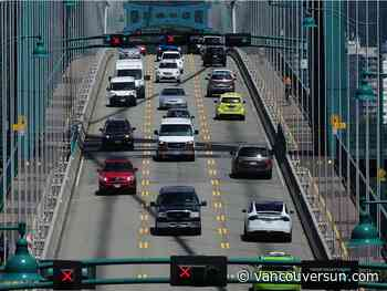 Suzuki report says 'road pricing' key to cutting greenhouse gases in B.C.