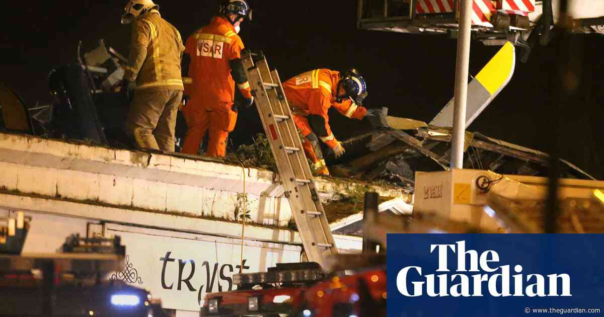 Clutha helicopter crash: victims' spouses call for fresh inquiry