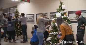 Plaza Pointe-Claire spruces up for the holidays with annual Christmas tree contest
