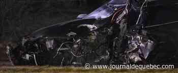 [PHOTOS] Boisbriand: un blessé grave dans une collision avec un arbre