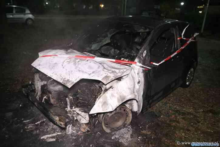 Autobrand Nijmegen, vermoedelijk brandstichting