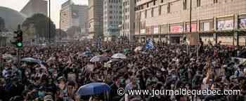 [EN IMAGES] Des milliers de manifestants de retour dans les rues à Hong Kong