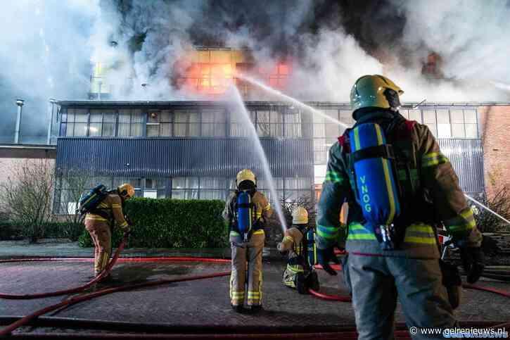"""Grote brand in fabriekspand in Eerbeek: """"Veel rookontwikkeling"""""""