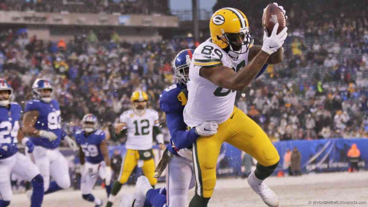 Packers overwhelm Giants, move to 9-3 with 31-13 win
