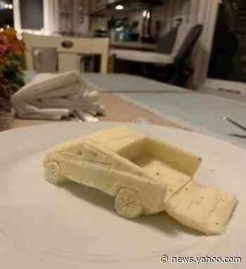 A man sculpted a Tesla Cybertruck out of mashed potatoes on Thanksgiving and the internet loves it