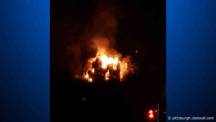 Crews Battle Massive Fire Consuming Multiple Homes In Spring Hill