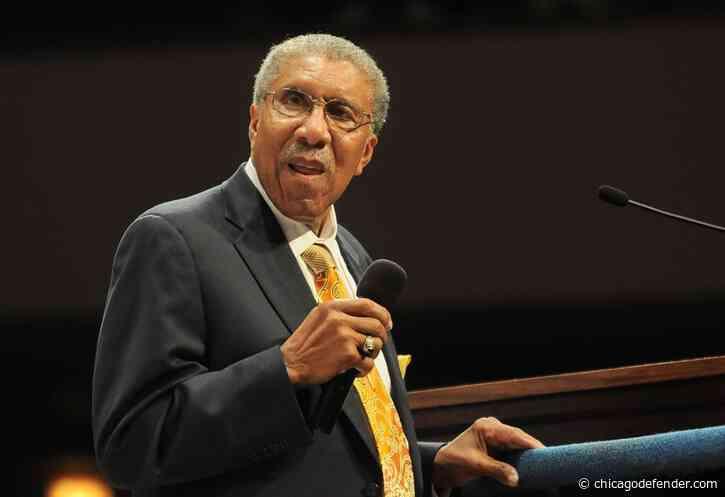 Al Sharpton addresses loss of legendary Chicago pastor, Rev. Clay Evans