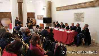 """Partecipate, il fronte di minisindaci di sinistra e sindacati: """"Salviamo Roma da declino"""". E sui rifiuti il tempo stringe"""