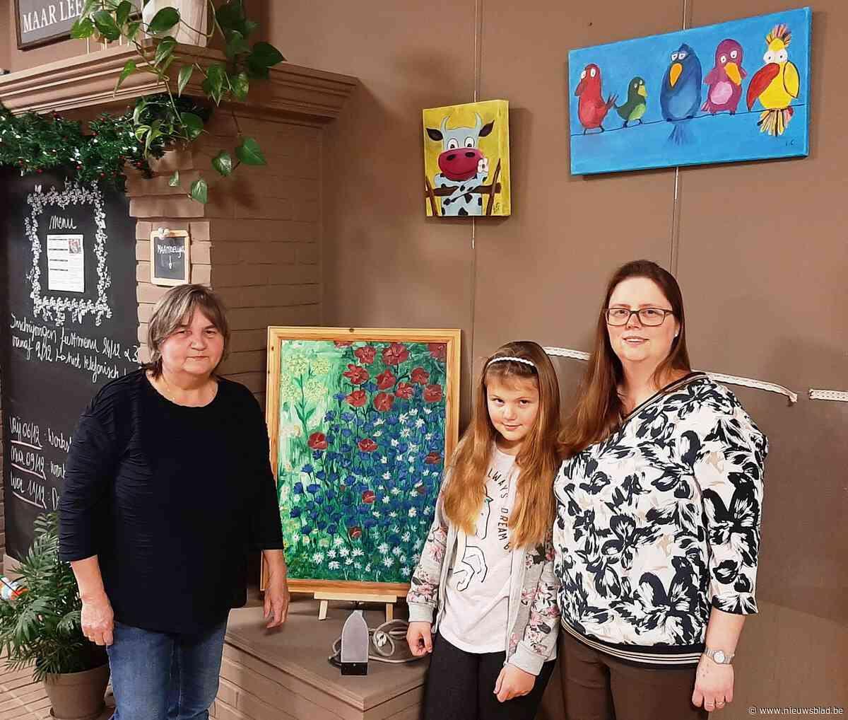 """Drie generaties, één tentoonstelling: """"Als kind zag ik mama schilderen en ik wilde dat ook kunnen"""""""