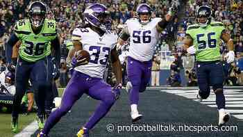 Anthony Harris pick-six on deflected pass gives Vikings halftime lead