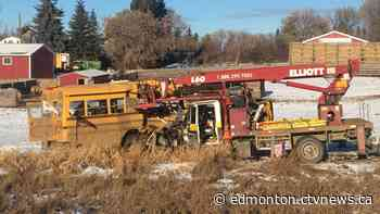 5 in critical condition after school bus crash outside of Edmonton
