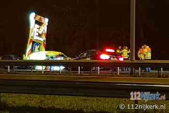 Automobilist botst tegen pijlwagen op de A1 bij Terschuur