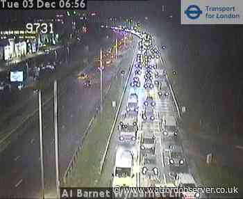 Morning update: Slow traffic on roads and part suspension on Central line
