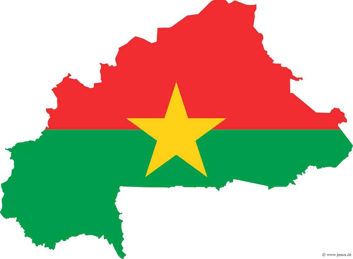 Burkina Faso: Angreifer töten 14 Kirchenbesucher