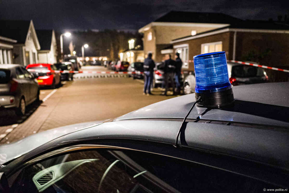 Rotterdam/ Capelle aan den IJssel - Diverse zoekingen en aanhoudingen in groot onderzoek naar wapenhandel