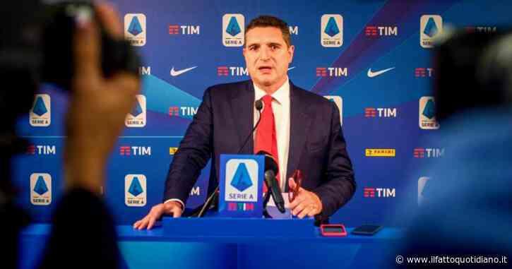 """Lega Serie A, l'audio rubato all'ad De Siervo: """"Spegnere i microfoni per non far sentire i buu razzisti"""". La Procura federale apre un fascicolo"""