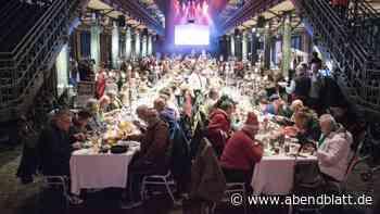 Soziales: Hamburger Promis servieren Menü für etwa 450 Obdachlose