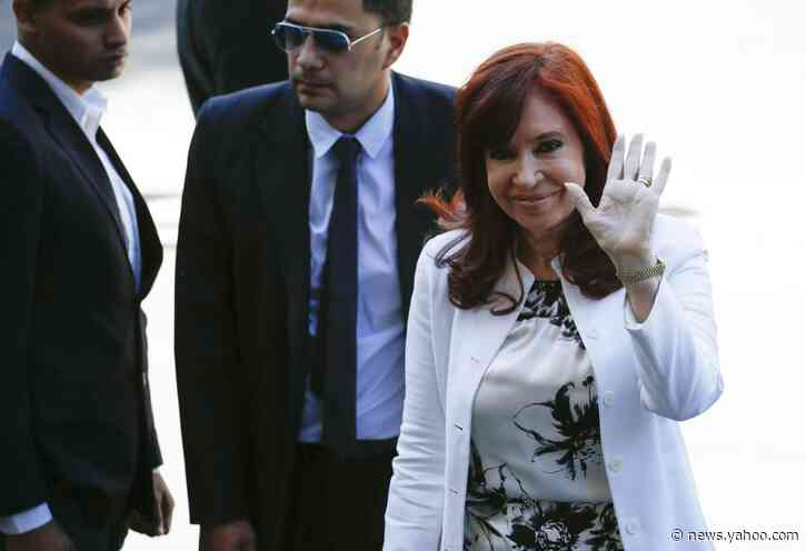 Argentine ex-leader angrily denounces graft charges at trial