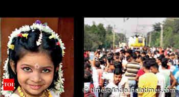 Man, granddaughter crushed under train in Kolkata