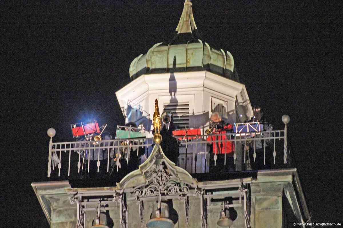 Turmbläser-Konzert an Heiligabend: Texte zum Mitsingen im Internet