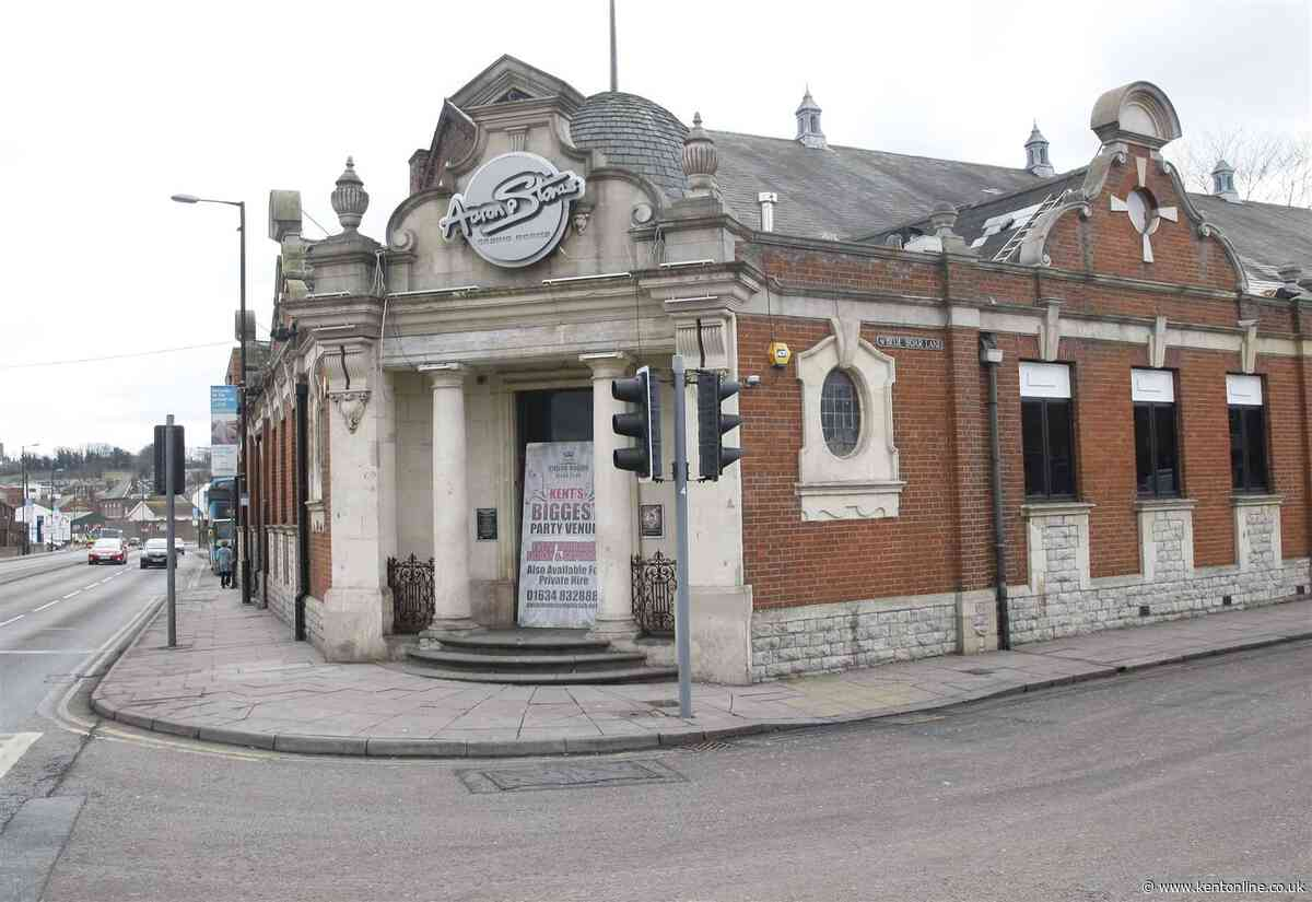 Man assaulted outside nightclub