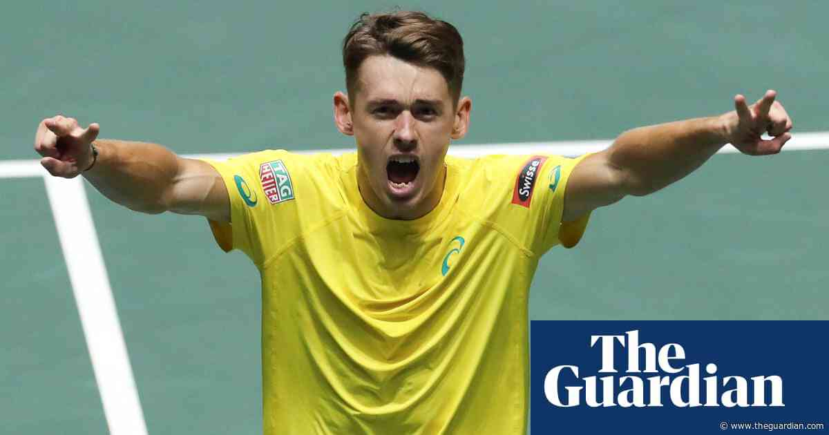 Alex De Minaur tipped to break into top 10 after surviving 'crazy' year | Linda Pearce