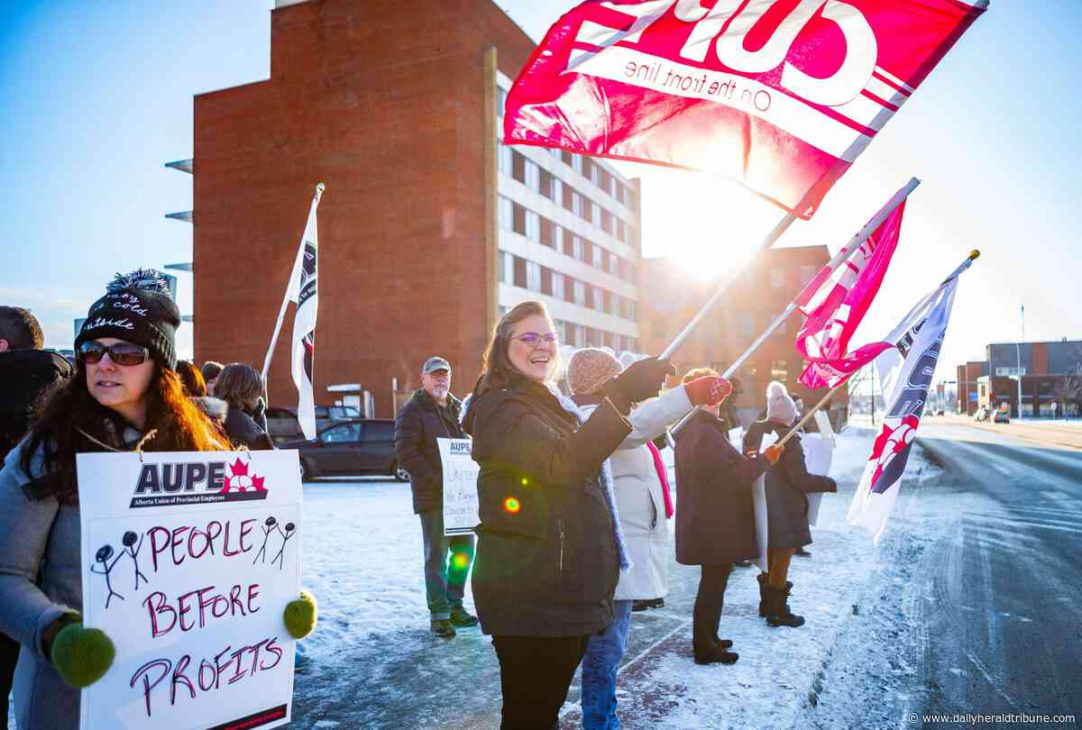 'We are the front lines': Union workers rally to protest UCP cuts