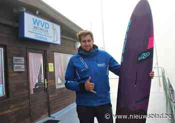 Vincent (25) is met 103,7 kilometer snelste ooit op een surfplank