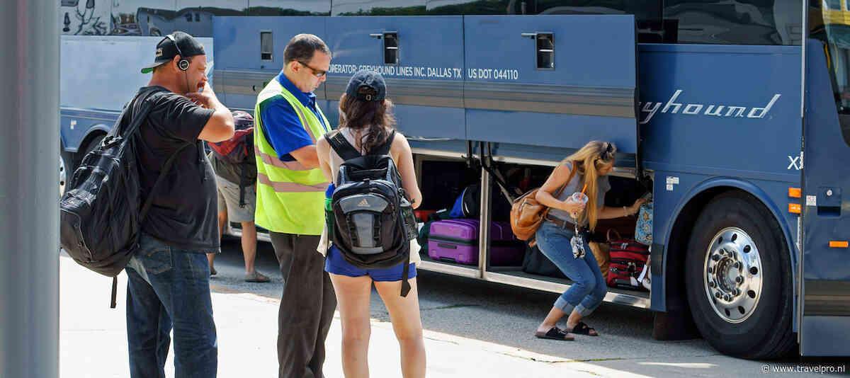 Corendon en Sunweb laten reizigers betalen voor bustransfer