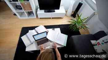 Studie: Unternehmen halten vor allem Frauen vom Homeoffice ab