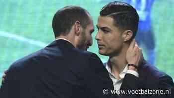Ibrahimovic deelt met veel vilein verbale tikken uit aan Cristiano Ronaldo